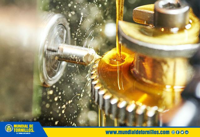 La viscosidad de una grasa es fundamental debido a que es el aceite con el cual fueron formuladas y actúan como lubricante.