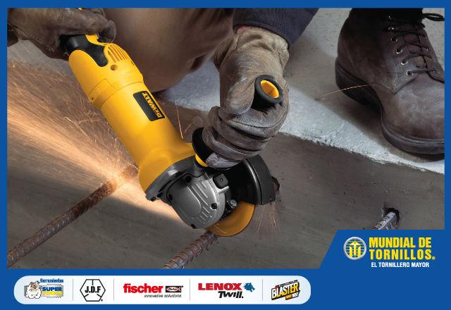 Elija el tipo de sierra que necesita para su obra según las capacidades de la herramienta y sus necesidades.